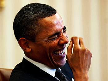 obama-laughing-at-the-joke